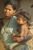 Baiga woman with child (wietsej) Tags: baiga woman with child maikal hills chhattisgarh india sony a100 zeiss sal135f18z sonnar13518za 13518 wietse jongsma bhoramdeo
