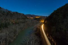 Cumberland Valley Streaking (Kyle Yunker) Tags: csx cv cumberland valley river night train light streak
