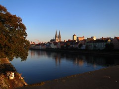Regensburg im Herbst (One-Basic-Of-Art) Tags: photography fotografie foto fotos photo photots canon woyand vielfalt donau ratisbina ratisbona regensburg germany bavaria bayern