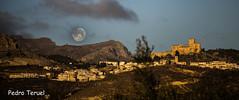 luna llena (pedrojateruel) Tags: castillo vélez blanco almería andalucía amanecer luna llena cosina