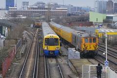 Pass: 66708 0Y03 / 378154 9M21 / 73961/73963 1Q79 Wandsworth Road 10/03/18 (TheStanstedTrainspotter) Tags: train trains rail railway transport transportation publictransport wandsworthroad sll southlondonline freighttrain gbrf gbrailfreight lo londonoverground class66 66708 jayne 0y03 tonbridge cricklewood class378 378154 9m21 claphamjunction dalstonjunction class73 73961 73963 1q79 derby derbyrtc network nr testtrain