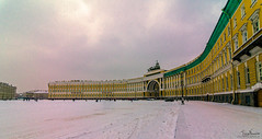 Winter Palace (Tony_Brasier) Tags: raw russia museum snow snowing icecold outdoors yellow nikond7200 sigma sky people peacefull 1750mm saintpetersburg walking kfc location lovely fantastic