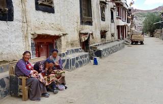 Gyantse ladies, Tibet 2017