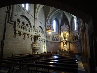 Basilica de San Francisco Javier nave neogotica, Altar mayor y tribunas lombardas Castillo de Javier Navarra 01