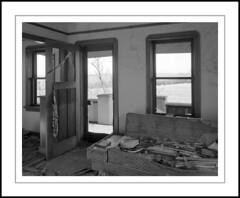 Living Room Sofa (rspohl17) Tags: abandoned farmhouse twohillscounty sofa film fp4 ilford perceptol largeformat 4x5 ebony schneider symmar schneidersupersymmar