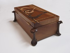 music-box-perfect45degree-back (Perfect45Degree) Tags: jewelrybox perfect45degree box artboxes wood woodbox carving walnut camphor maple ribbon jewelry musicbox inlay carvedbox sculpture
