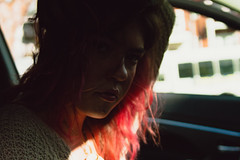 (javee_DOP) Tags: digitalportrait pinkhair redhair naturallighting photography atlphotography littlefivepoints atl atlanta car