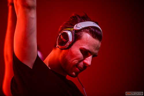 Tiësto presents CLUBLIFE 2017