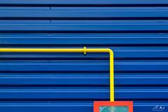 Artois_0318-6-2 (Mich.Ka) Tags: arras artois abstract abstrait architecture bâtiment bâtimentindustriel couleur couleurprimaire façade hautsdefrance industrialdesign ligne line minimalisme minimaliste nord nordpasdecalais pipe primarycolor tuyaux urbain urban zoneindustrielle