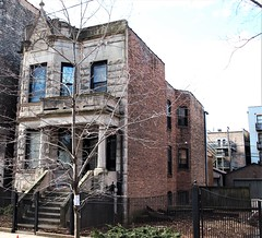 1346 N. Claremont Avenue (Brule Laker) Tags: chicago illinois humboldtpark nearnorthwestside wickerpark