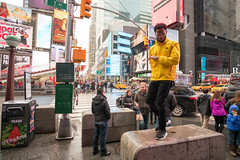 Seen in NYC, 2018 (On the right side of the sidewalk!) Tags: rap guy singing street times square recording video foto callejera fujifilm rokinon 12mm