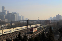I_B_IMG_8354 (florian_grupp) Tags: asia china locomotive train railway railroad passenger diesel electric beijing station citywall beijingmainstation chaoyang peking cnr chinanationalrailway traffic bluesky