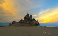 Mount St. Michel. (Pedro P. Galindo) Tags: sunset lanscape naturephotografy sealights clouds sky footprint saintmichel francia