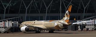 Etihad Airways / Boeing 787-9 Dreamliner / A6-BLL
