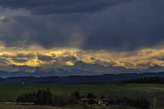 Un soir d'orage (denis.loyaux) Tags: picdumidi lauragais pyrénées ffance sunrise landscape