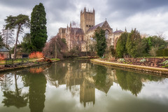 Time To Reflect (Rich Walker75) Tags: wells cathedral cathedrals garden gardens pool reflection reflections landscape landscapes landscapephotography architecture landmark landmarks somerset england greatbritain canon eos100d efs1585mmisusm eos