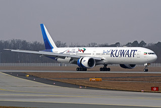 Kuwait Airways Boeing 777-369(ER) 9K-AOF