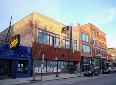 Reckless Records at 1379 N Milwaukee Ave in Wicker Park (Steven Vance) Tags: store milwaukeeavenue chicago wickerpark neighborhood street