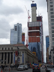 201803071 New York City Midtown (taigatrommelchen) Tags: 20180310 usa ny newyork newyorkcity nyc manhattan chelsea midtown weather icon city building architecture constructionsite street