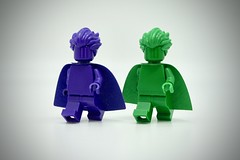 LEGO Monochrome Dark Purple & Green (Pasq67) Tags: lego minifigs minifig minifigure minifigures monochrome green afol toy toys flickr legography pasq67 france darkpurple dark purple 2018