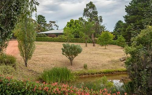 17 Amungula Pl, Wamboin NSW 2620