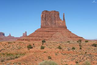 West Mitten Butte, Monument Valley Navajo Tribal Park . XT1 .