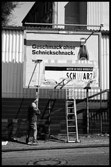 Schnickschnack (TK@Pictures) Tags: bergischgladbach theodorkierdorf man advertisement blackandwhite work mono leica m246 street worker bw