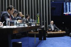 Plenário do Senado (Senado Federal) Tags: plenário sessãoespecial debatetemático eleição2018 fakenews notíciafalsa anteprojeto debateinterativo redesocial carloseduardofrazãodoamaral senadorcássiocunhalimapsdbpb ministrotarcísiovieira murilloaragão fredericoceroy ângelapimenta danielnascimento brasília df brasil bra