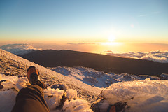 HELL WHAT A VIEW (JOLIVETV) Tags: hiker islas canarias tenerife el teide volcano april 2018 sunrise mountains valley national park sunshine sun high altitude froze ice snow horizon ocean jolivetv canon eos 6d mark ii 25105mm summit laorotava landscapes clouds