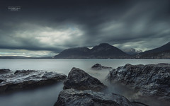 Dark (cedric.chiodini) Tags: dark lac lake pierres rocks annecy hautesavoie le longexposure poselongue d850