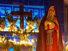 Dolores regional 02 (supernova.gdl.mx) Tags: altar incendio viernes virgen dolores museo regional guadalajara mexico tradicion religiosa catolica semana santa dolorosa cuaresma vela luz fuego