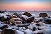 Hafeneinfahrt Warnemünde (Medienlümmel) Tags: eis hafeneinfahrt himmel langzeitbelichtung leuchtturm mole ostmole ostsee rostock sonnenuntergang steine warnow wasser westmole winter kalt maritim warnemünde 10°c