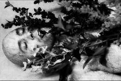 Scream XXII (unexistence) (Josu Sein) Tags: scream grito moan lamento selfportrait autorretrato stress estrés selfexploration autoexploración unexistence inexistencia death muerte josusein expressionism expresionismo