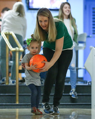 2018_Zoey_Bowling-24 (Mather-Photo) Tags: 2018 andrewmather andrewmatherphotography bowling candid canon children environmentalportraits family girl gladstonebowl green indoors inside kansascityphotographer matherphoto neice people photography portrait saturday sports sportsphotography stpatricksday zoeygrace zoeymccracken child cute fun kid