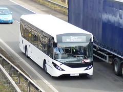 YX18KNM (47604) Tags: yx18knm bus m42