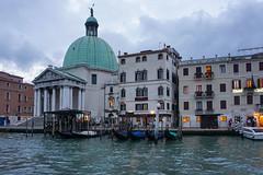 Anochecer en Venecia (Txulalai) Tags: venezia venecia venice italia travel grancanal agua arquitectura monumento chiesa iglesia church sony sonyilce6000 sonya6000 sonyalpha6000