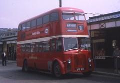 UTF930 (21c101) Tags: utf930 yorkshirewoollen 54 leyland metrocammell pd220 1955 dewsbury 1969 busstation
