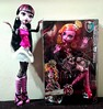 Does this mean I'm not the tallest ghoul anymore? (Big-Eyed) Tags: monsterhigh gooliope jellington gooliopejellington tall doll mattel draculaura frightfullytall dolls monster high girls ghouls