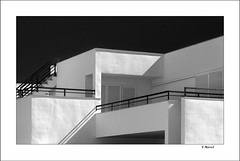 Cubos (tmuriel67) Tags: monochrome blancoynegro blackwhite bw architecture abstract lightshadows light shadows sombras minimalism