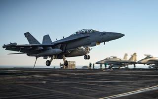 EA-18G Growler returns to CVN 71
