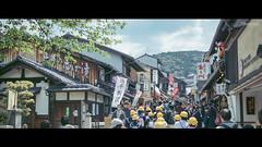 Alley to Kiyomizu-dera. (JimmyYeh Photography) Tags: