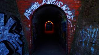 Düsterer Tunnel In Flottbek