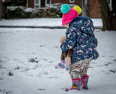 First time in the Snow (Wayne Cappleman (Haywain Photography)) Tags: wayne cappleman haywain photography portrait children playing daughter farnborough hampshire uk snow
