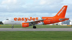G-EZIW (AnDyMHoLdEn) Tags: easyjet a319 egcc airport manchester manchesterairport 23l