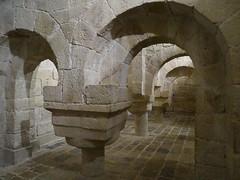 Cripta capiteles Monasterio de San Salvador de Leyre Navarra 07 (Rafael Gomez - http://micamara.es) Tags: cripta monasterio de san salvador leyre navarra capiteles leire iglesia bajos cimiento