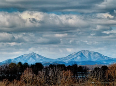snow-dusted Peaks of Otter (Retronaut) Tags: hdr