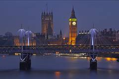 6.19 (Westminster, London, United Kingdom) (AndreaPucci) Tags: westminster thames housesofparliament bigben andreapucci hungerford bridge
