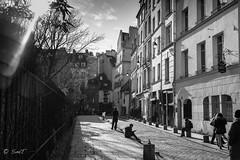 EN PLEIN SOLEIL (P. Smt) Tags: paris ville capitale nb bw town landscape