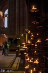 Catedral de Liverpool (V) (Iban Lopez (pepito.grillo)) Tags: ibanlopez© inglaterra england liverpool liverpoolcathedral liverpoolmetropolitancathedral catedraldeliverpool catedralmetropolitanadeliverpool velas candles