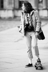Guillaume Debailly (laurent.dufour.paris) Tags: 135mm 2018 24x36 3x2 appareilphoto black blackandwhite blanc bw candid canon capturestreets city darkisbetter dreaminstreets eos5dmarkiii europe everybodystreet everydayeverywhere extérieur france fromstreetswithlove generationstreet hiver hommes iloveparis îledefrance lensonstreets life lifeisstreet louvre lovesnoir monochrome night noir noiretblanc noirshots nuit paris people photographiederue plancheàroulettes portrait regardsparisiens rue skateboard soir storyofthestreet storyofthestreets streetfocuson streetphoto streetphotography streetphotographyinternational streetphotographer streetofparis streetoftheworld thestreetphotographyclub thestreetphotographyhub ville wearethestreets wearethestreet white winter worldstreetfeature zonestreet